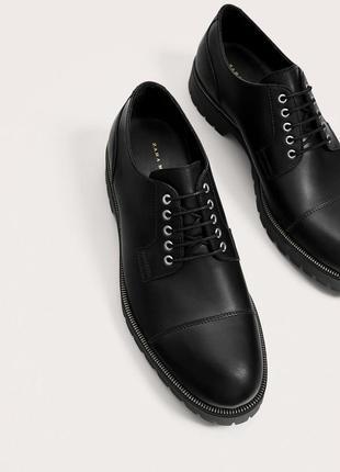 Чёрные кожаные туфли zara man