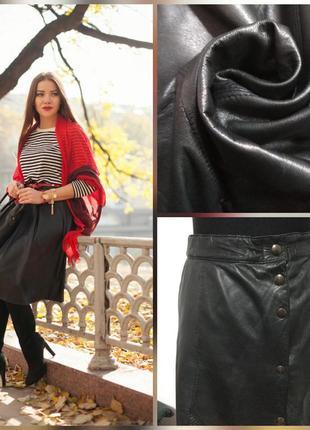 Фирменная, кожаная юбка миди, стройнящего кроя, супер качество, 100% кожа (пот 50см)