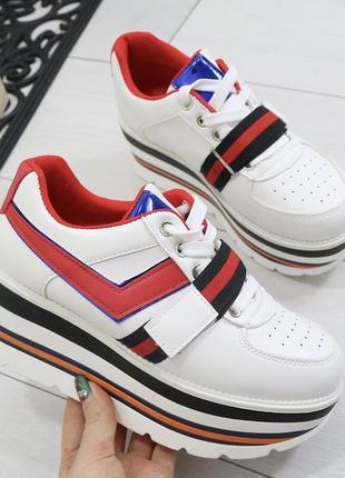 Новые белые кроссовки размер 36,37,38,39,40,41