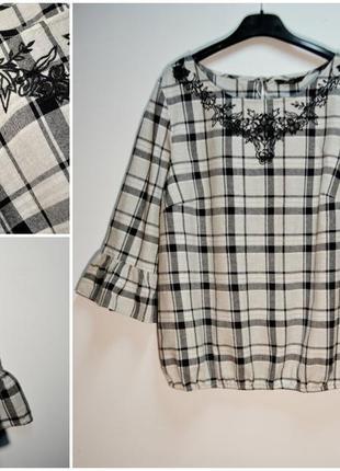 Стильная воздушная блуза с вышивкой цветы и красивыми рукавами 54 размер