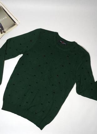 Легкий мужской свитер отличного качества. приятный материал к телу.