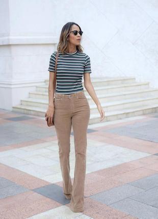 Акция! 1+1=3 бежевые вельветовые джинсы клеш от armani jeans, 25-26 р-р