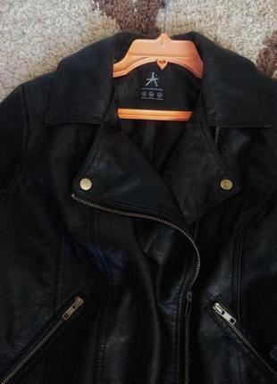 Новая чёрная курточка-косуха