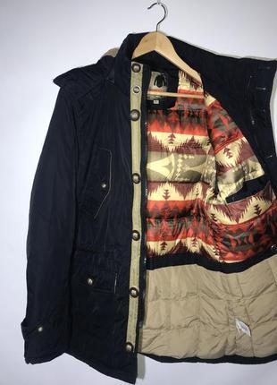 Тёплая зимняя куртка утеплённый мягкий капюшон