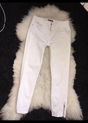 Оригинальные белые скини с замочками томми