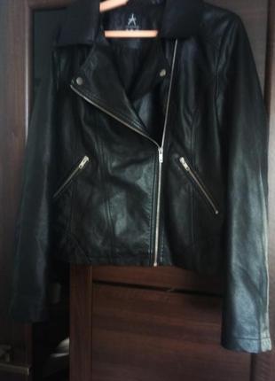 Новая чёрная курточка-косуха4