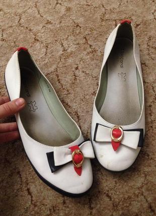Кожа кожаные туфли балетки мокасины