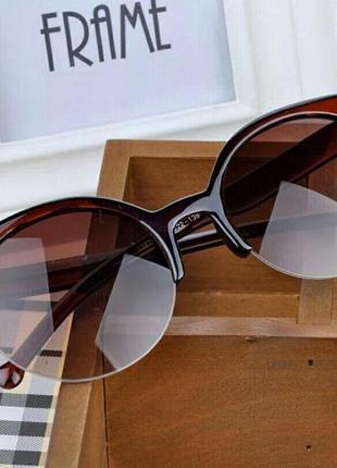 Скидка!новые,стильные,модные,трендовые,солнцезащитные очки,зеркальные,ретро,черные лисички