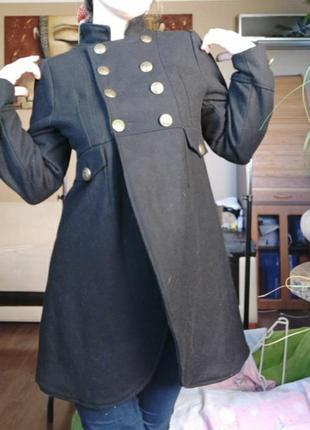 Новое демисезонное пальто f&f