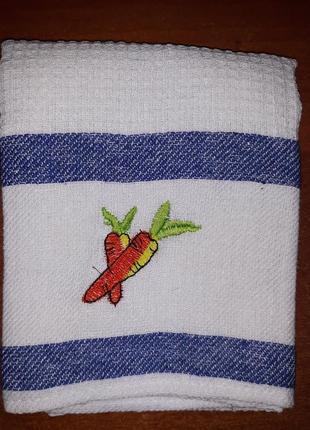 Вафельные кухонные полотенца 43 х 68 морковки