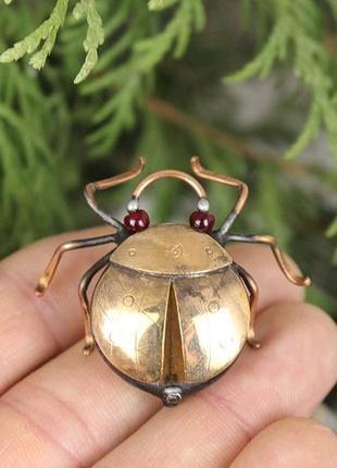 Брошь жук скарабей