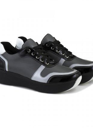 Кожаные кроссовки серые с черными и серебристыми вставками натуральная кожа 36-41р