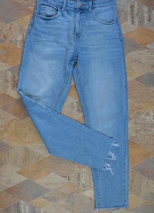 Крутые джинсы с высокой посадкой талией mom  denim co 100% коттон