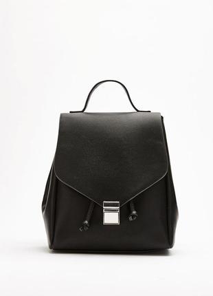 Черный кожаный рюкзак bershka