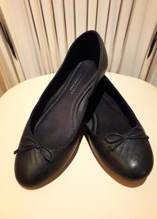 38 р. кожаные классические туфли балетки m&s
