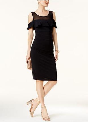Коктейльное платье с оголенными плечами и полу-прозрачной кокеткой размер l