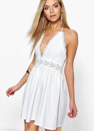 Белый ажурный нежный сарафан платье с открытой спиной от boohoo