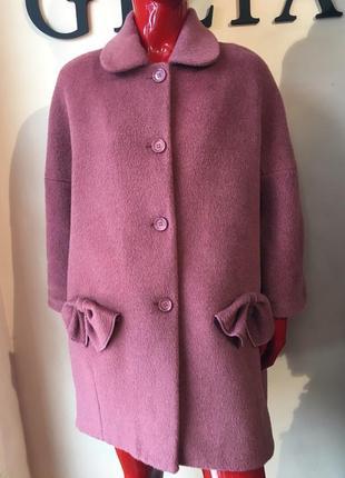 Очень нежное и стильное пальто
