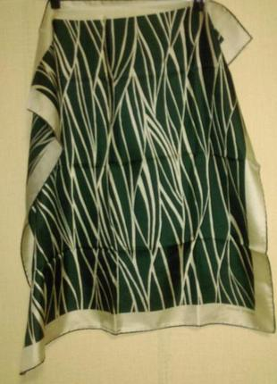 Стильный шелковый платок