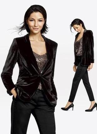 Шикарный женский черный бархатный пиджак esmara 42