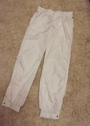 Оригинальные спортивные штаны