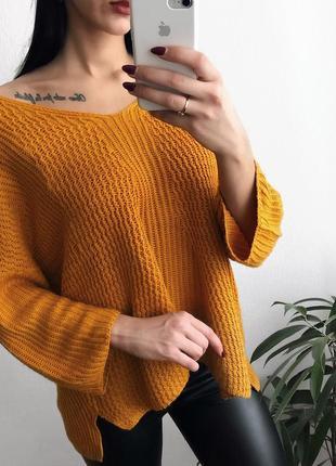 Стильный горчичный свитер широкий рукав