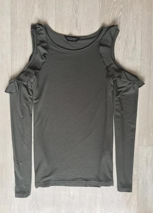 Кофта блуза с открытыми плечами и воланами