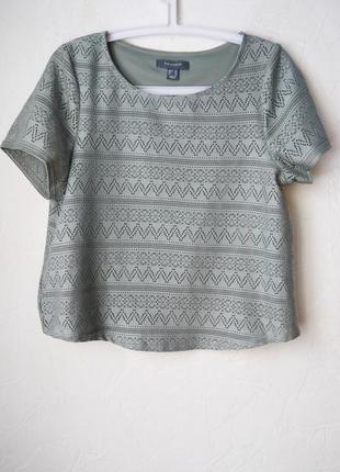Укороченая ажурная блуза