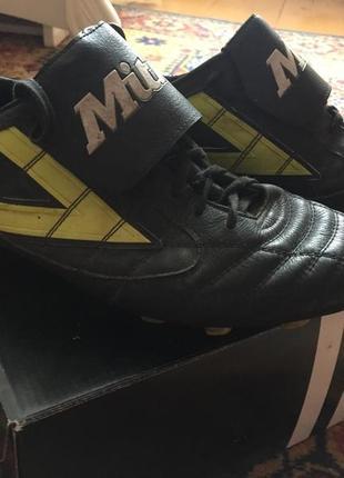 Бутси, спортивне взуття, mitre
