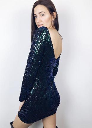 Платье очень крутое в паетках