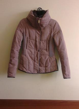 Zara стёганая куртка с высоким воротником, s