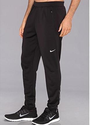 Мужские спортивные штаны nike зауженные