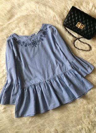 Блуза в полоску з воланами и вышивкой