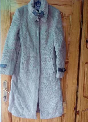 Пальто 46розмір