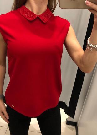 Красная блуза с воротничком mohito есть размеры