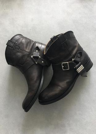 Ковбойские ботинки казаки tommy hilfiger