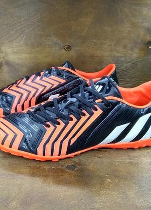 Яркие сороконожки adidas predator absolado lz tf ( 41 размер )