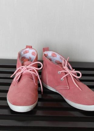 Высокие кеды ботинки  s.oliver  25,5 см