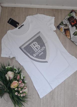 Новая футболка камушками и жемчугом размер с-м balmain
