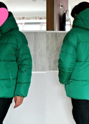 Дутая широкая куртка пуховик primark зеленая цвета травы