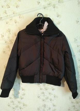 Короткая зимняя куртка m-l