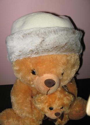Зимняя распродажа!!! красивая шапочка с искусственным мехом от esprit