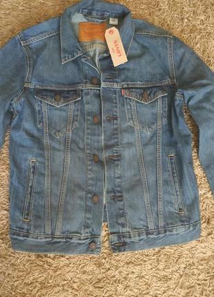 Продам нову джинсову куртку levis, розмір м.
