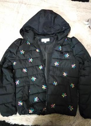 Лёгкая демисезонная куртка -снежинкс