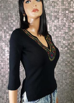 Шикарная блузочка с вышивкой