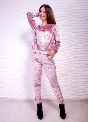 Очень милый и комфортный велюровый костюм, есть разные размеры и цвета!