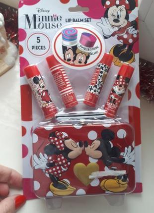 Набор помад mickey mouse гигиеническая, подарок, чемодан, микки маус