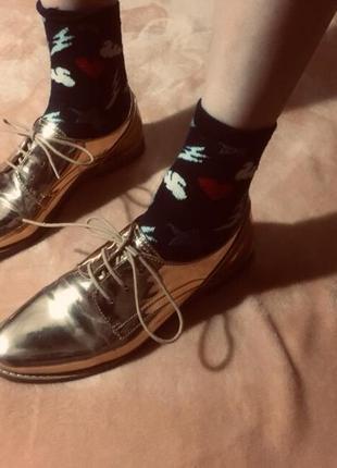 Золотые туфли promod