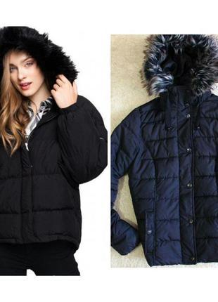 Чорна стильна матова курточка jessica з капюшоном