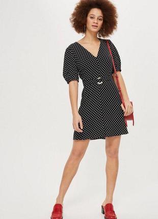 Платье в горошек с широким ремнем topshop